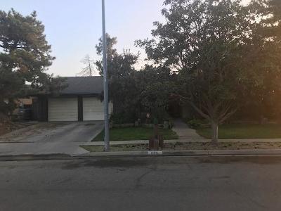 Fresno County Single Family Home For Sale: 689 W Magill Avenue