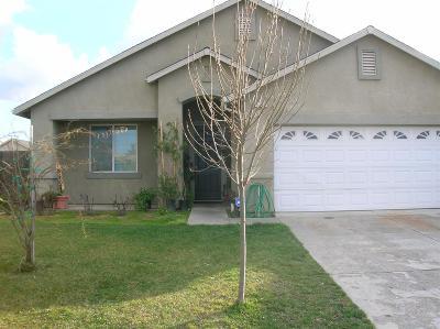 Madera Single Family Home For Sale: 1520 Lacreta Avenue
