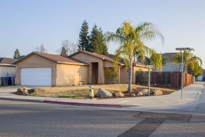 Clovis Single Family Home For Sale: 2718 Santa Ana Avenue