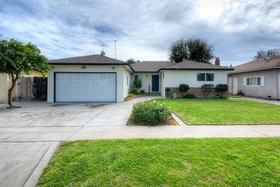 Fresno Single Family Home For Sale: 3238 E Santa Ana Avenue