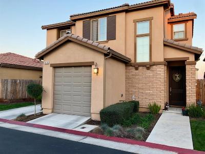 Clovis Single Family Home For Sale: 3279 Lahar Lane