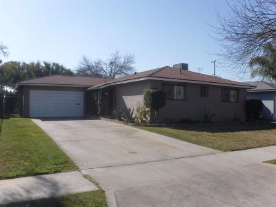 Fresno Single Family Home For Sale: 4950 E Carmen Avenue