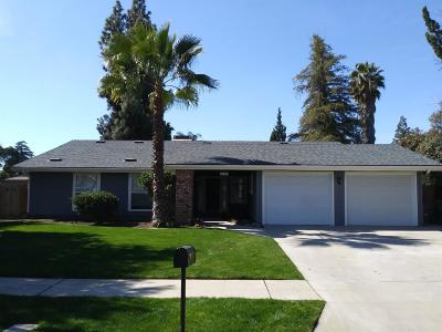 Fresno Single Family Home For Sale: 5107 N Bungalow Lane