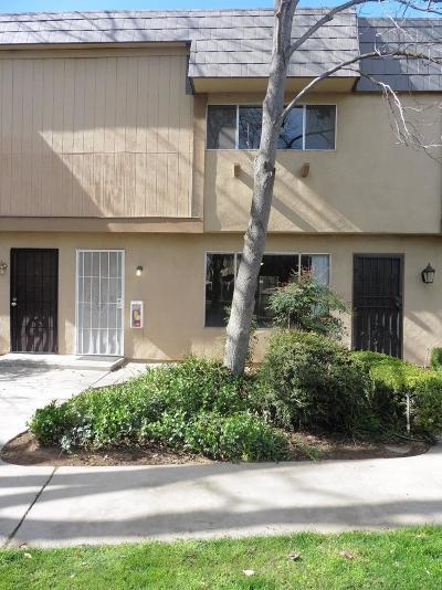 Fresno Condo/Townhouse For Sale: 5188 E Ashlan Avenue #106