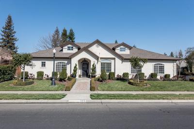 Clovis Single Family Home For Sale: 335 W Goshen Avenue