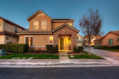 Fresno CA Single Family Home For Sale: $254,900