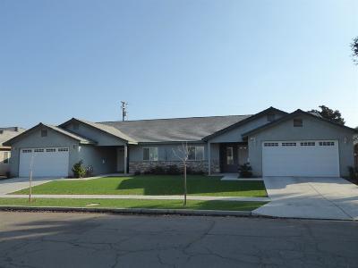 Fresno Multi Family Home For Sale: 4560 N Cedar Avenue