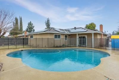 Clovis Single Family Home For Sale: 2882 Adler Avenue
