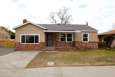 Single Family Home For Sale: 3862 E Clinton Avenue