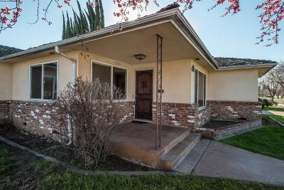 Fresno Single Family Home For Sale: 2936 E Pico Avenue