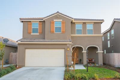 Clovis Single Family Home For Sale: 3532 Smith Lane