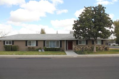 kingsburg Single Family Home For Sale: 2350 19th Avenue