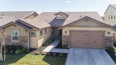 Clovis Single Family Home For Sale: 3556 Trenton Lane