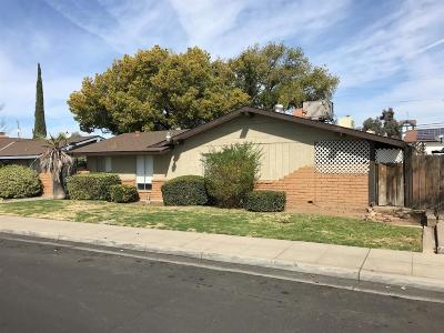 Clovis Multi Family Home For Sale: 23 W Santa Ana Avenue