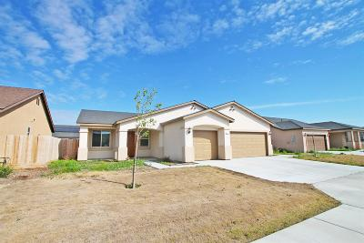 Hanford Single Family Home For Sale: 1514 W Kepler Court