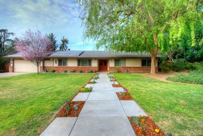 Fresno Single Family Home For Sale: 1286 E Plymouth Way