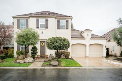 Clovis Single Family Home For Sale: 53 W Everglade Avenue