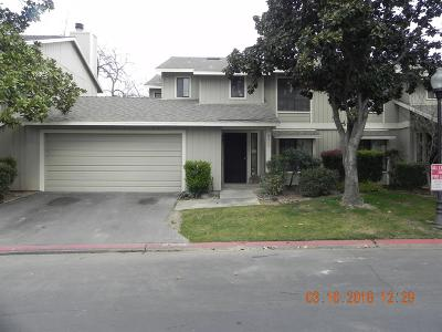 Fresno Condo/Townhouse For Sale: 4727 E Alamos Avenue #115A