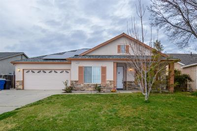 Sanger Single Family Home For Sale: 2776 Holt Avenue
