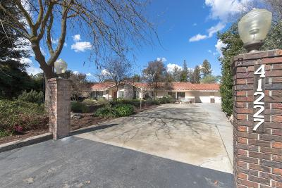 Madera Single Family Home For Sale: 41227 Adobe Way