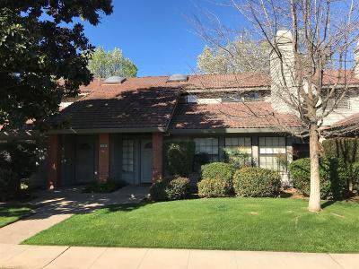 Fresno Condo/Townhouse For Sale: 7093 N Teilman Avenue #102