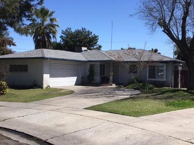 Fresno Single Family Home For Sale: 2832 E Andrews Avenue