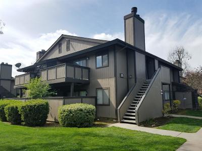 Clovis, Fresno Condo/Townhouse For Sale: 1151 S Chestnut Avenue #237