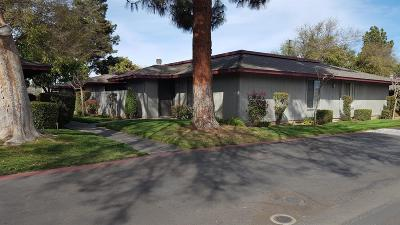 Fresno Condo/Townhouse For Sale: 4504 N Valentine Avenue #115