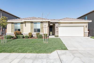 Fresno Single Family Home For Sale: 7092 E Fountain Way