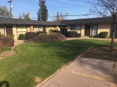 Fresno Condo/Townhouse For Sale: 3075 N West Avenue #C