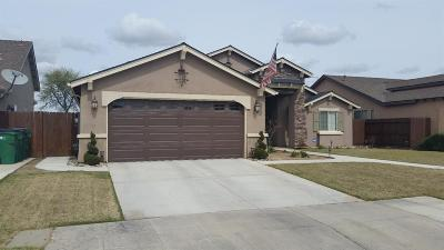 Fowler CA Single Family Home For Sale: $275,000