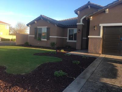 Kerman Single Family Home For Sale: 15637 W Botelho Avenue