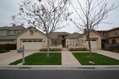 Clovis Single Family Home For Sale: 10627 E Landmark Way