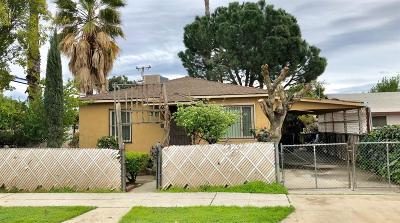 Madera Single Family Home For Sale: 220 E 10th Street