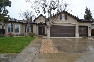 Clovis Single Family Home For Sale: 337 Goshen Avenue
