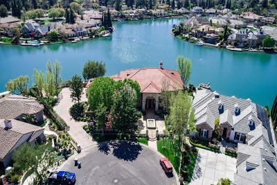 Single Family Home For Sale: 2649 W Lake Van Ness Circle