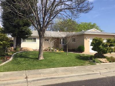 Clovis Single Family Home For Sale: 1711 Whittier