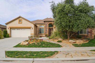 Single Family Home For Sale: 5871 N Sycamore Avenue
