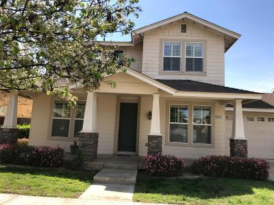 Reedley Single Family Home For Sale: 297 W Lilac Avenue