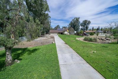 Clovis Single Family Home For Sale: 5618 E Perrin Road
