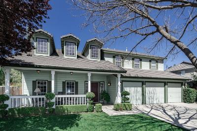 Clovis Single Family Home For Sale: 2483 Buckingham Way
