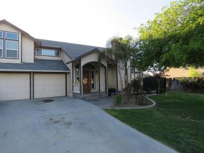 Kerman Single Family Home For Sale: 559 S Park Avenue