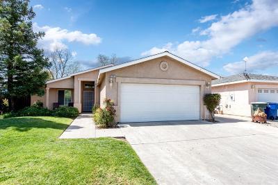 Clovis Single Family Home For Sale: 2232 Golden