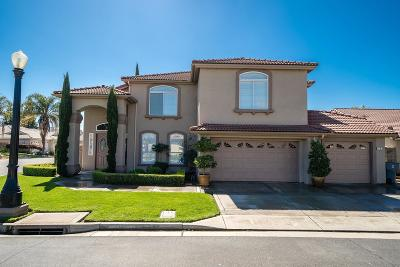 Madera Single Family Home For Sale: 12 Breeze Way