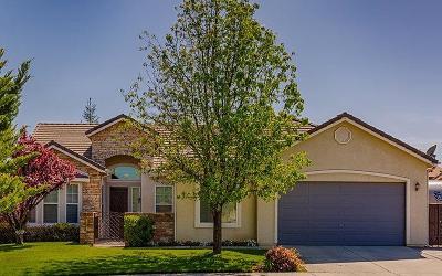 Clovis Single Family Home For Sale: 3286 Fairmont Avenue