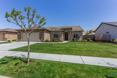 Sanger Single Family Home For Sale: 64 N Brehler Avenue