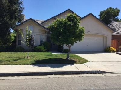 Fresno Single Family Home For Sale: 8158 N 5th Street