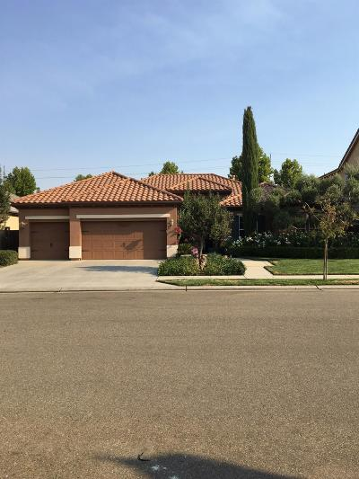 Clovis Single Family Home For Sale: 3641 Serena Avenue