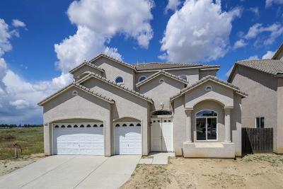 Single Family Home For Sale: 5279 N Ensanada Avenue
