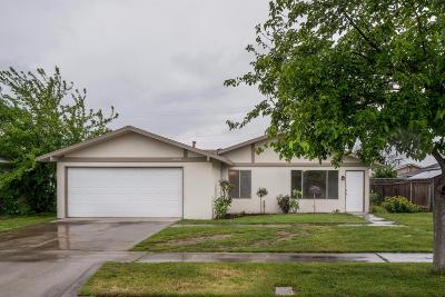 Fresno Single Family Home For Sale: 3533 N Fordham Avenue